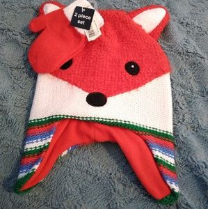 Other - 🦊 Brand new Fox Hat and Glove set